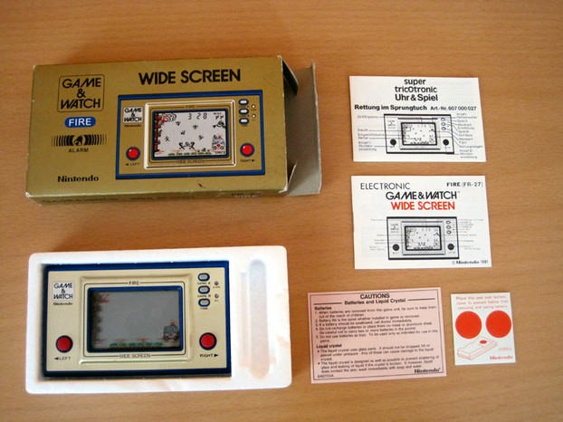 Game & Watch: Fire (Wide Screen)