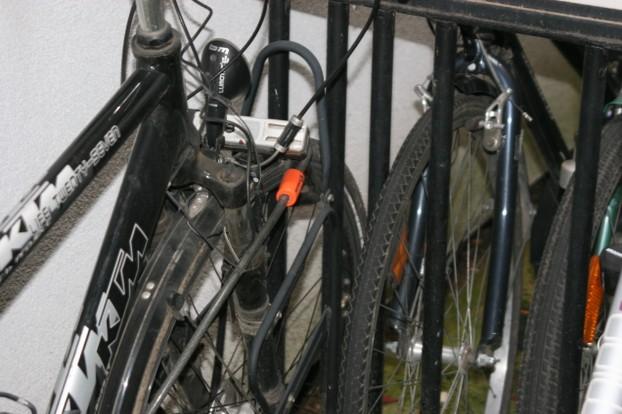 fahrradschl sser sicherheit f r ihr fahrrad. Black Bedroom Furniture Sets. Home Design Ideas