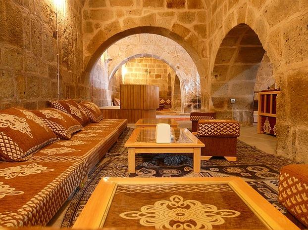 die wohnung im orientalischen stil einrichten. Black Bedroom Furniture Sets. Home Design Ideas