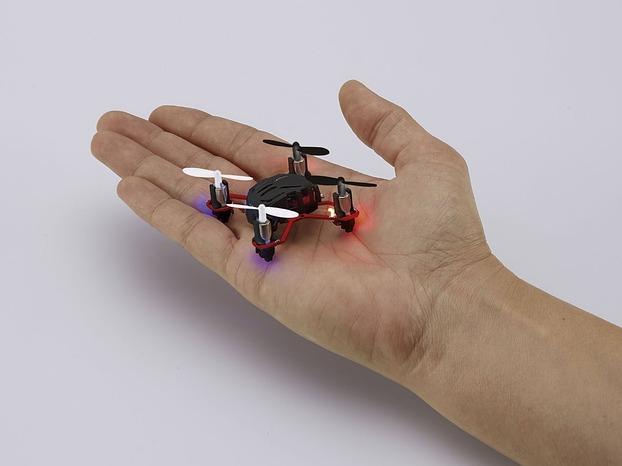 nano mini quadrocopter die kleine drohne zum noch kleineren preis. Black Bedroom Furniture Sets. Home Design Ideas