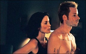 "Memento - Guy Pearce und ""Matrix""-Lady"