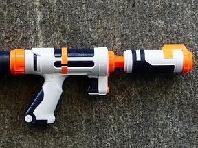 Wasserspritzpistolen
