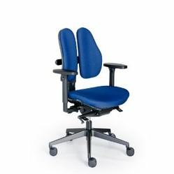 b ro ergonomie am schreibtisch richtig sitzen. Black Bedroom Furniture Sets. Home Design Ideas