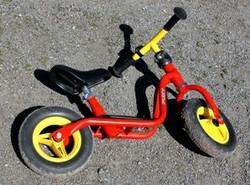 laufrad puky das erste fahrrad f r kleinkinder. Black Bedroom Furniture Sets. Home Design Ideas