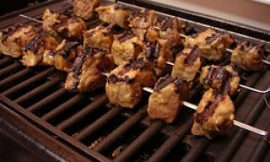 indirektes grillen barbecue weber grill oder asado. Black Bedroom Furniture Sets. Home Design Ideas