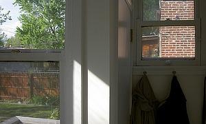 dunkle wohnung einrichten so wirken r ume heller. Black Bedroom Furniture Sets. Home Design Ideas