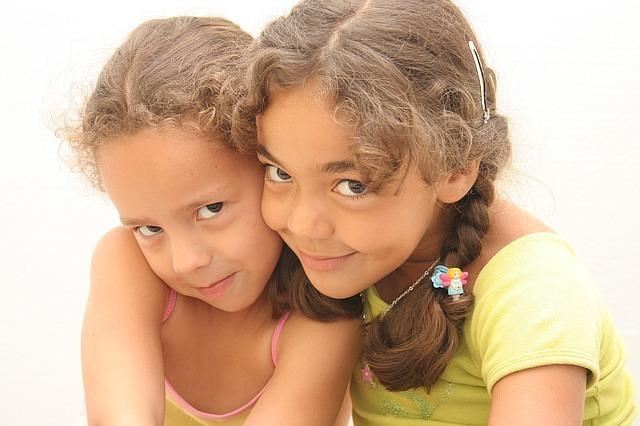 Kinderzimmer Fur Zwei : Kinderzimmer einrichten für zwei Mädchen