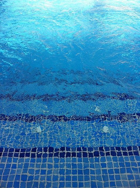 ab wann seepferdchen abzeichen machen schwimmen lernen. Black Bedroom Furniture Sets. Home Design Ideas