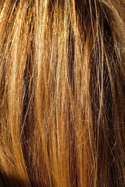 strohige haare mit diesen tipps wird ihr haar wieder gl nzend und sieht gepflegt aus. Black Bedroom Furniture Sets. Home Design Ideas