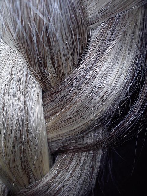 granny hair haare grau f rben. Black Bedroom Furniture Sets. Home Design Ideas